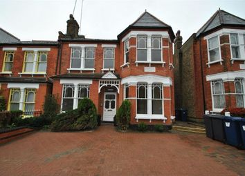 Thumbnail 2 bed flat to rent in Windsor Road, Finchley Central