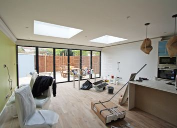 Room to rent in Angles Road, Streatham SW16