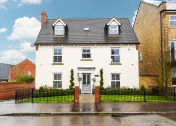 Thumbnail 5 bed detached house for sale in Bentley Drive, Stansted, Essex