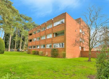 Thumbnail 2 bedroom flat to rent in Crosthwaite Court, Harpenden, Hertfordshire