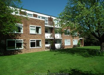 Thumbnail 1 bed flat to rent in Burbank, Dukes Avenue, New Malden