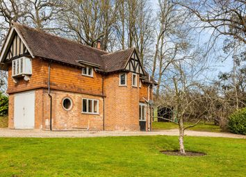 Thumbnail 3 bed detached house to rent in Bere Court Road, Pangbourne, Reading