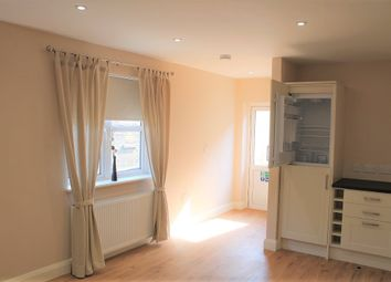 Thumbnail 2 bed flat to rent in St Albans Road, Watford