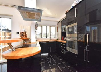 4 bed property for sale in Priestfield Road, London SE23
