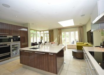 Thumbnail 5 bedroom property for sale in Chenies Place, Barnet, Hertfordshire
