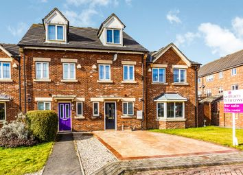 3 bed town house for sale in Northcroft, Shafton, Barnsley S72