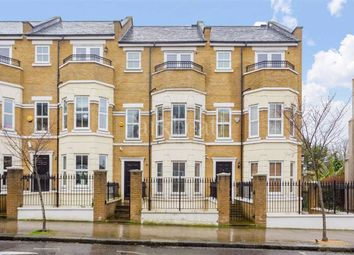 5 bed property to rent in Busby Place, Kentish Town, London NW5