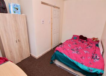 Thumbnail 5 bedroom terraced house for sale in Trentham Road, Coventry