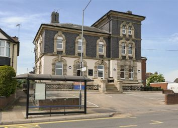 Thumbnail 2 bed flat to rent in 6, Governors House, Cape Road, Warwick