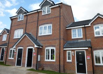 Thumbnail 3 bed town house to rent in Ferrybridge Road, Pontefract