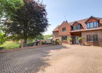 Thumbnail 4 bed detached house for sale in Dukes Lane, Steyning, West Sussex