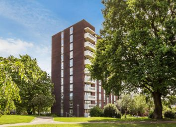 Thumbnail 4 bed flat for sale in Turnpike Link, Croydon