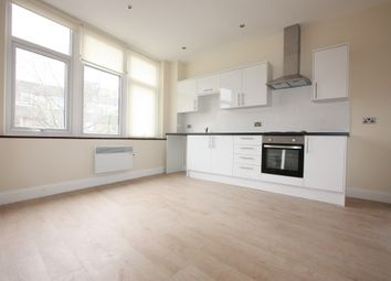 Thumbnail 2 bed flat to rent in Flat 3 High Street, Maidstone