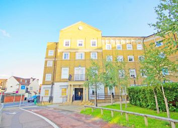 Broomfield Road, City Centre, Chelmsford CM1. 2 bed flat