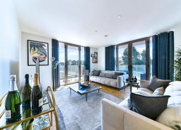 Lessing Building, West Hampstead Square, West Hampstead, London NW6. 2 bed flat for sale