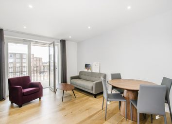 Thumbnail 2 bed flat to rent in 8 Monarch Square, London