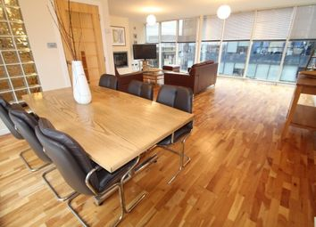 Thumbnail 3 bed flat to rent in South Frederick Street, Glasgow
