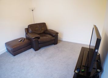 Thumbnail 1 bed flat to rent in Foulford Road, Cowdenbeath