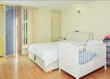Thumbnail 2 bed flat to rent in Osier Lane, Greenwich