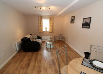 1 bed flat to rent in Flat 9, V3 Victoria Terrace, University LS3