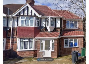 Room to rent in St. Pauls Close, Hounslow TW3