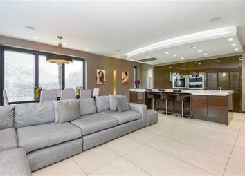 Thumbnail 6 bed detached house for sale in The Gateways, Goffs Oak, Hertfordshire