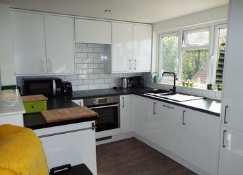 2 bed flat to rent in Church Walk, Milton Road, Gravesend DA12