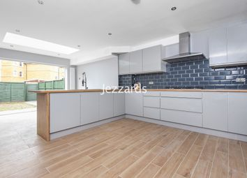 Thumbnail 4 bed town house for sale in Aplin Way, Isleworth