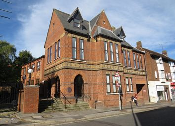 Thumbnail 2 bed flat to rent in New Street, Basingstoke