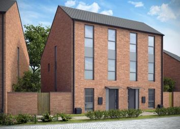 Thumbnail 3 bedroom town house for sale in Abbey Park Road, Leicester