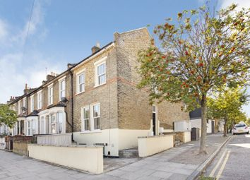 Thumbnail 4 bed flat to rent in Glyn Road, London