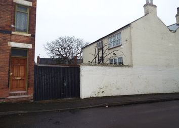Thumbnail 4 bed property to rent in Kentwood House, Thurgarton Street