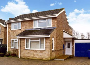 4 bed detached house to rent in Maple Avenue, Kidlington OX5