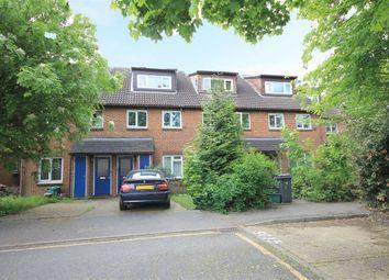 Thumbnail 3 bed property to rent in Saxon Close, Surbiton