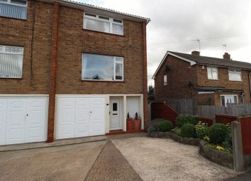 Thumbnail 3 bed town house for sale in Laxton Drive, Meden Vale, Mansfield