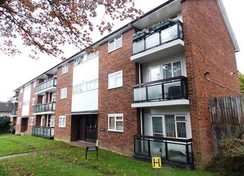 Thumbnail 2 bed flat to rent in Oaks Avenue, London