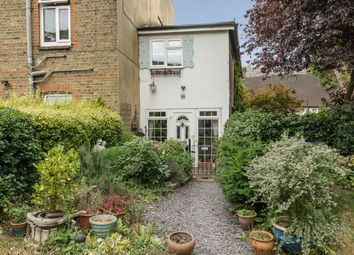 Thumbnail 2 bedroom cottage for sale in Church Walk, Thames Ditton