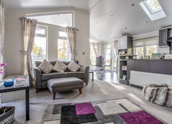 Thumbnail 2 bed mobile/park home for sale in Mapleridge Road, Yate, Bristol