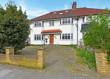 Thumbnail 5 bed terraced house for sale in Kings Avenue, London