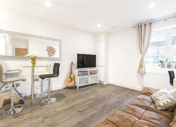 1 bed flat for sale in Wesley Walk, High Street, Witney OX28