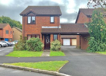 Thumbnail 3 bed detached house for sale in Stirling Crescent, Hedge End, Southampton