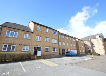 2 bed flat to rent in Broadlands Court, Pudsey LS28