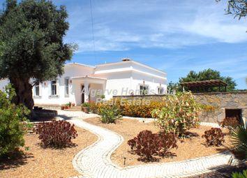 Thumbnail 5 bed villa for sale in Santa Barbara De Nexe, Central Algarve, Portugal