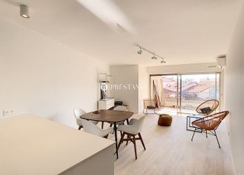 Thumbnail 2 bed apartment for sale in Hyeres, Var, France