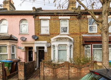 Thumbnail 1 bed flat for sale in Trumpington Road, London