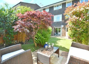 Thumbnail 3 bed town house for sale in Dale Close, Horsham