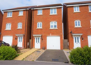 Thumbnail 4 bed detached house for sale in Blain Place, Swindon