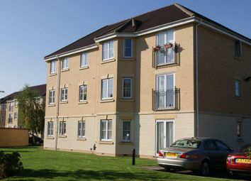 Thumbnail 2 bed flat for sale in Scholars Walk, Langley, Slough