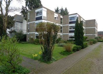 Thumbnail 2 bed flat to rent in Manor Park Road, Chislehurst