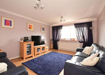 Thumbnail 3 bedroom town house for sale in Silver Way, Wickford, Essex